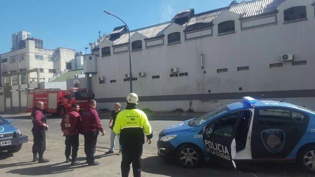 Bomberos controlaron un incendio en el edificio del grupo GEOF