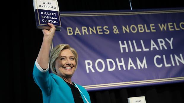 """Hillary Clinton presenta su nuevo libro """"What Happened"""""""
