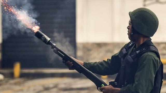 En 2014 España dejó de suministrar material antidisturbios a Venezuela