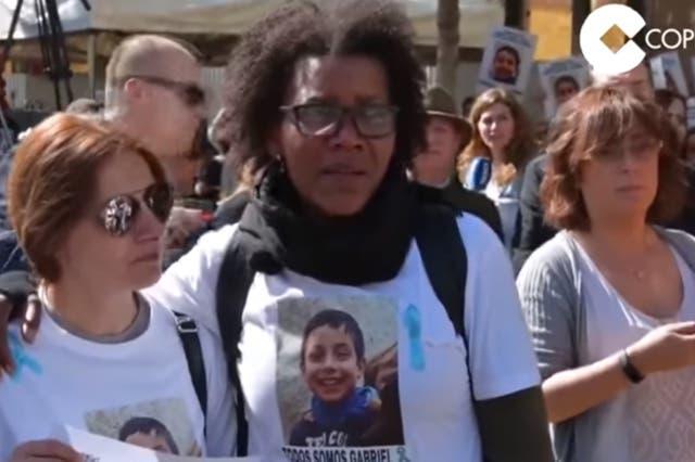 Ana Julia Quezada (centro) se ofreció además a colaborar para la reconstrucción del asesinato