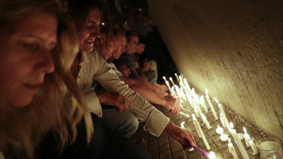 Conmocionada, Rosario se movilizó para recordar a las cinco víctimas