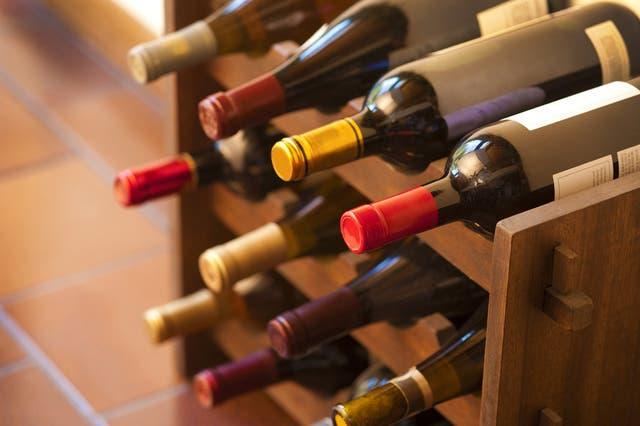 Es vital que la posición de las botellas sea horizontal