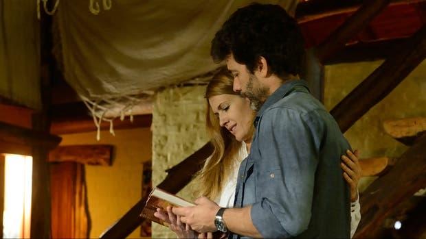 Raquel y Santiago, los personajes de Isabel Macedo y Mariano Martinez, consiguen al final vivir en paz en ADDA Amar despues de amar