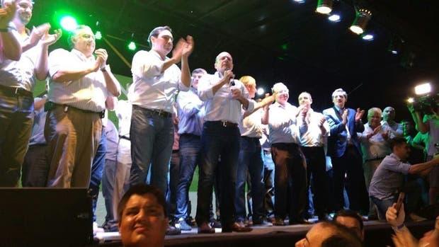 Festejo en Corrientes, en el que participaron el jefe de Gabinete Marcos Peña y otros miembros de la cúpula nacional