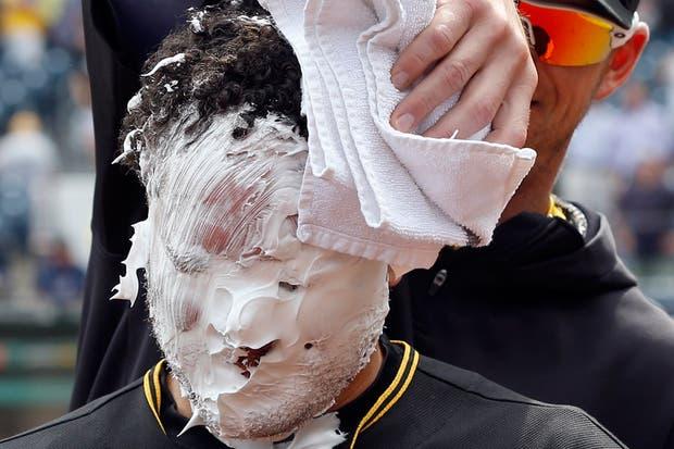 A mí también me dicen que tengo cara de torta (?).  /AP, AFP, EFE, Reuters