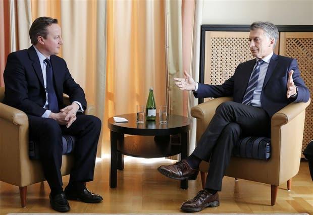Cameron y Macri, durante su encuentro en Davos