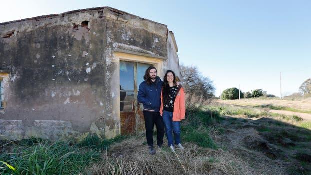 Cristian Atlante y Lucía Giacondino planean instalarse en Faro a fines de este año. Foto: LA NACION / Ricardo Pristupluk