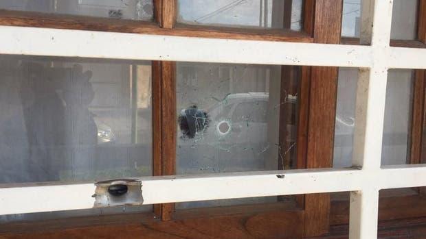 La casa de Marcelo Arévalo, titular del Sindicato General de taxistas de La Plata, recibió 33 tiros el domingo por la noche