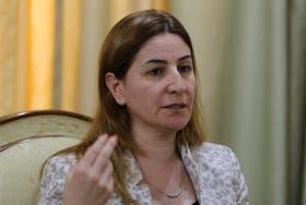 Vian Dakhill, legisladora del Partido Democrático del Kurdistán (PDK),se distingue en el Parlamento iraquí por su vestimenta occidental