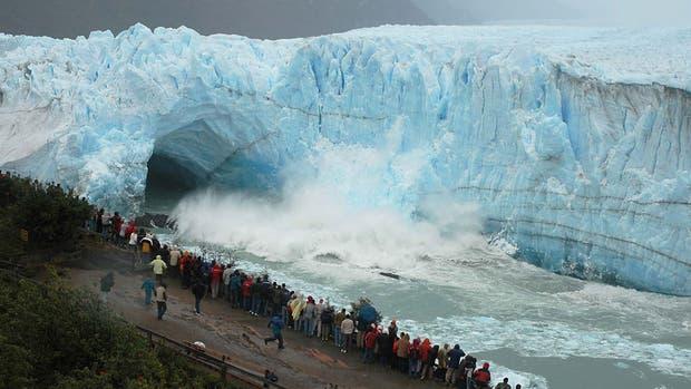 Comenzó la ruptura del Perito Moreno