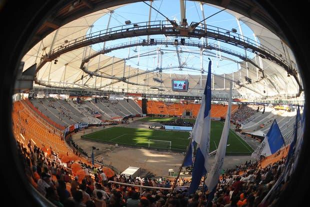 Allí se podrán realizar espectáculos futbolísticos de alta competición, eventos públicos, artísticos y culturales.  Foto:DyN