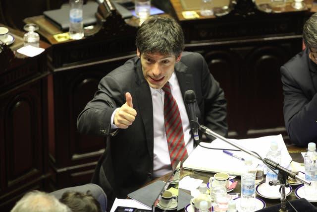 El ex senador Juan Manuel Abal Medina dejó el traspaso de su despacho a discreción de la Secretaría Administrativa