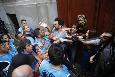 Unicaba: Accidents in the Legislature in Buenos Aires