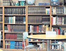 La Escuela N° 30, de Belgrano, cuenta con una nutrida biblioteca