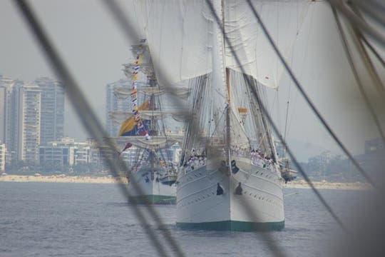 Revista Naval en Río. Foto: Eduardo Olmos