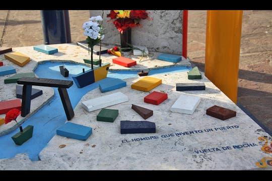 En el pabellón de los Ilustres, monumento a Quinquela Martín, artista plástico. Foto: lanacion.com / Martina Matzkin