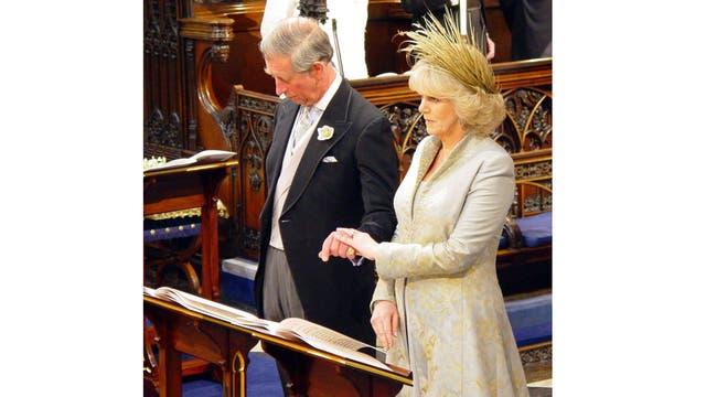 El 9 de abril de 2005 Camila y el Príncipe Carlos se casaron en la Capilla de San Jorge