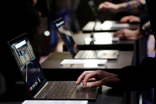Polémica: Eliminarán aranceles a la importación de computadoras y notebooks