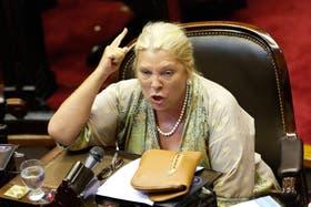 La diputada Carrió respondió con un proyecto de ley a la protesta de las centrales obreras