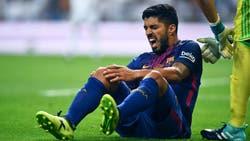 Por la lesión que sufrió ayer, en Uruguay afirman que Luis Suárez se pierde el clásico con la Argentina