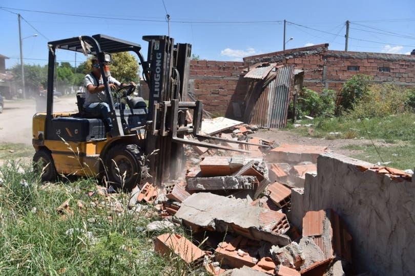 Las autoridades bonaerenses decidieron demoler la vivienda utilizada por una banda para comercializar cocaína