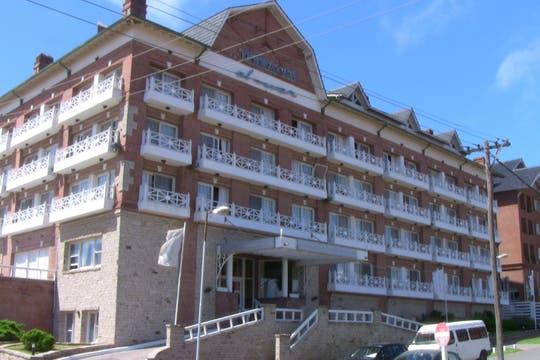 El hotel Arapacis, que sorprendió en los noventa por su estética moderna. Foto: lanacion.com / Mauricio Giambartolomei