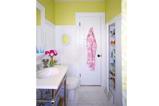 Hice Del Baño Color Amarillo:Decorá con color: ¡ponele amarillo a tu baño! – Living – ESPACIO