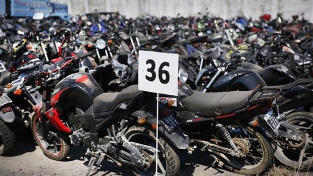 Autos, motos y mayoristas ya venían mostrando un rebote de la demanda
