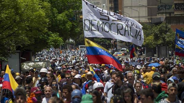 Venezuela realiza constantes movilizaciones contra el gobierno de Nicolás Maduro