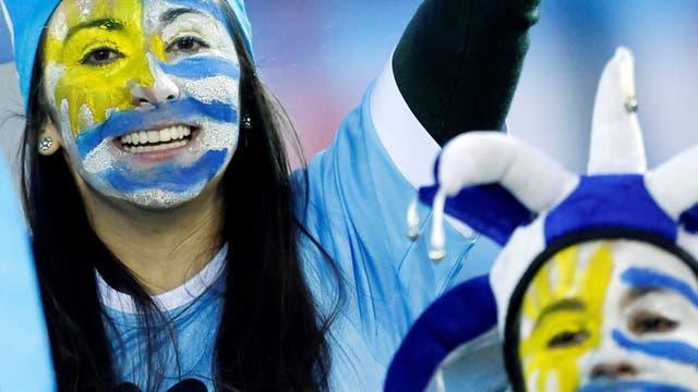 Los uruguayos alentaron a su selección