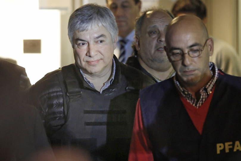 Lázaro Báez, cuando fue detenido. Ahora Suiza confirma a la Justicia su vinculación con cuentas secretas investigadas