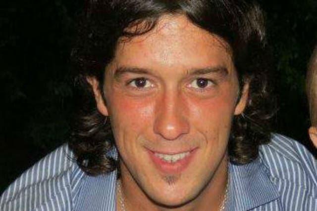 Santiago Laguia. Contacto de familiares: 02477-15452385 (madre) y 02477-15550514 (hermana).