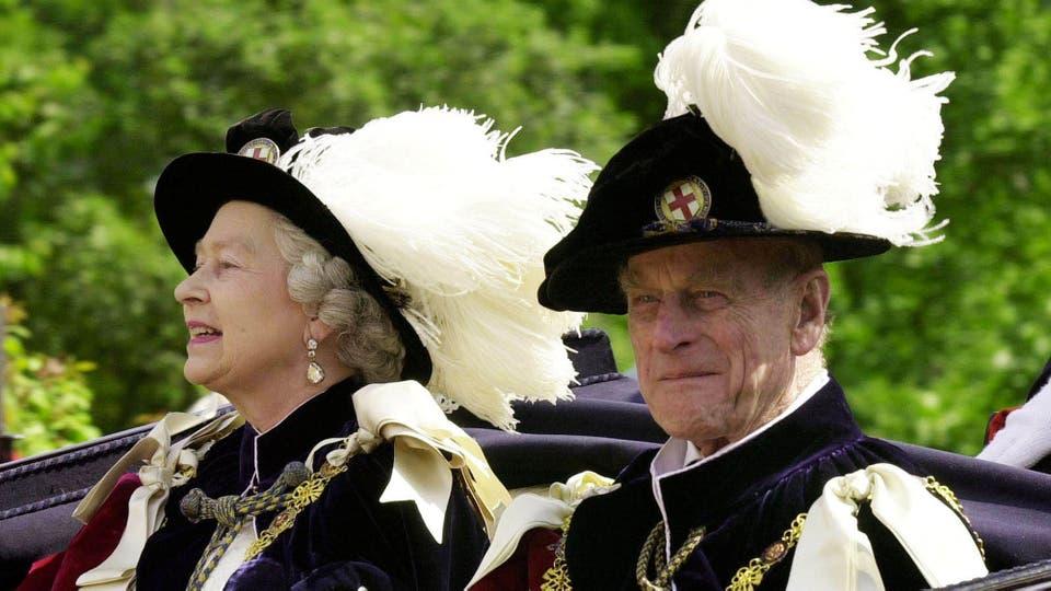 El 18 de junio de 2001 durante un paseo en carruaje al castillo de Winsor. Foto: Reuters