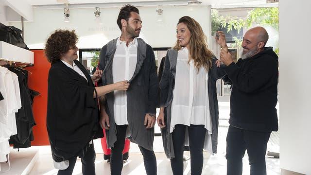 Camila Milessi (izq.) y Emiliano Blanco (der.), de Kostüme, hacen prendas unisex