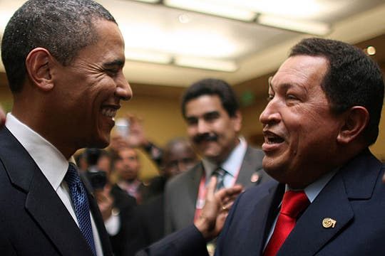 Charla informal previo a la Cumbre de las Américas en Puerto España en abril de 2009. Foto: Archivo