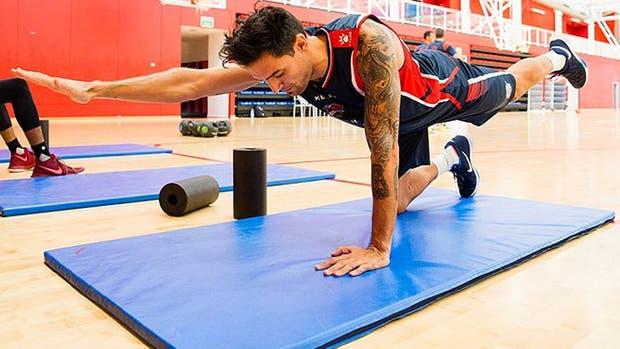 Carlos Delfino en su primer entrenamiento en el Baskonia