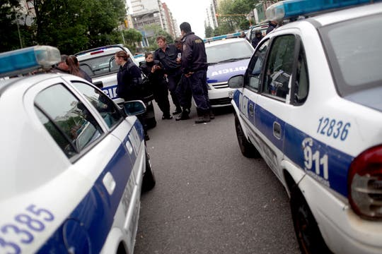 Policías protestan en Mar del Plata. Foto: LA NACION / Diego Izquierdo