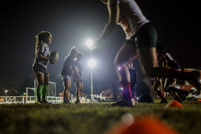 Excepto La Plata, ningún club de los más poderosos del rugby jugado por hombres tiene equipos de mujeres.