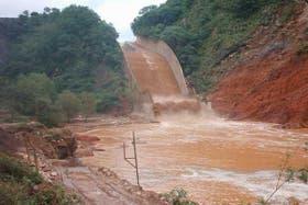 El dique Itiyuro, con aguas no aptas para el consumo