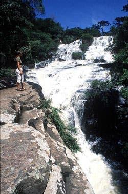 Las cascadas o cachoeiras son siempre una buena opción para hacer una pausa en el camino