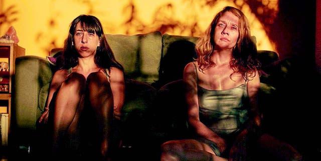 Dos excelentes actrices protagonizan el film: la argentina Maricel Álvarez y la brasileña Camila Morgado