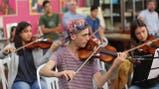 En el corazón del conurbano, una orquesta lucha contra la exclusión de niños y jóvenes