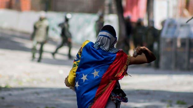 Venezuela vota la Constituyente de Maduro y sigue la represión: hay 5 muertos