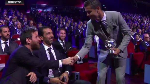 Enganche y 'huacha': el golazo de Cristiano Ronaldo en los entrenamientos