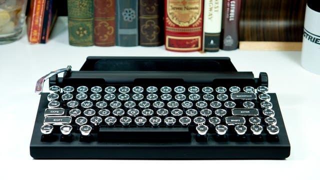 Qwerkywriter, un teclado mecánico, inalámbrico y con look retro