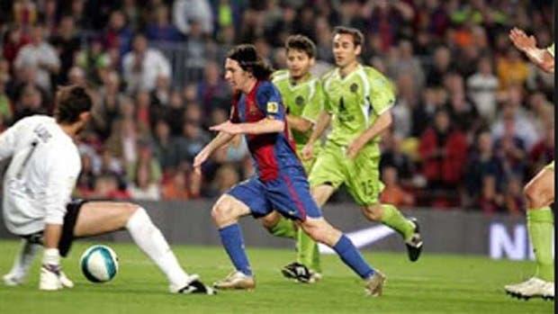 El gol maradoniano de Messi cumplió 10 años