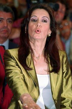 La recluta Fernández, en su regreso a la Cámara alta, en 2001. Foto: Archivo