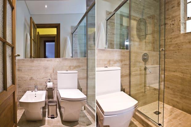 Se mantuvo la división de funciones. En la zona de baño se reemplazaron todos los cerámicos y, en lugar de bañadera, se hizo una ducha con mampara corrediza (Glassic).  /Santiago Ciuffo