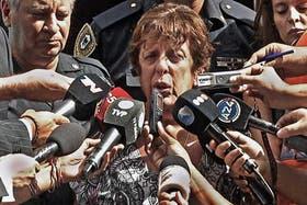 La fiscal Fein desmintió ayer recibir presiones, pero fue duramente criticada por el Gobierno