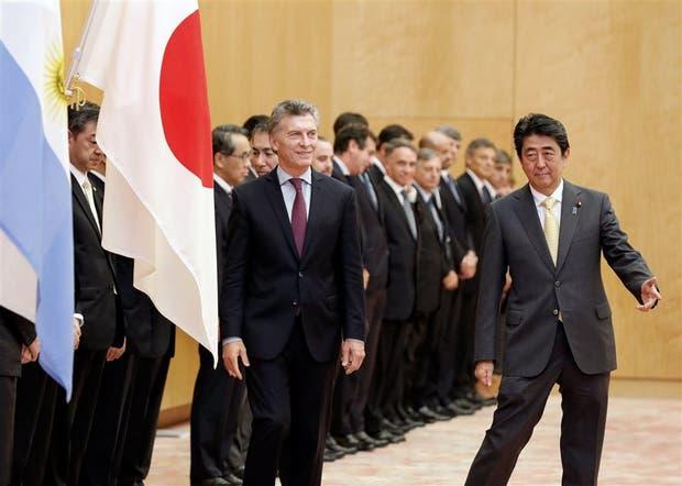Macri y Abe, antes de la reunión bilateral que mantuvieron junto con sus funcionarios